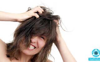 Зуд кожи головы: причины его появления и лечение