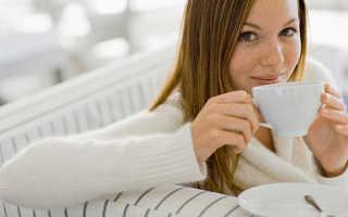 Зеленый чай при кормлении грудью: можно или нельзя его пить?