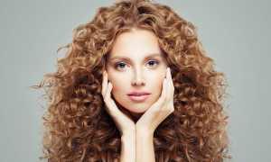 Прически на длинные кудрявые волосы