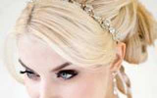 Объемные прически на средние волосы всегда женственны и романтичны