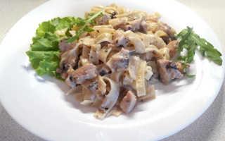 Паста с курицей и грибами в сливочном соусе: рецепт приготовления
